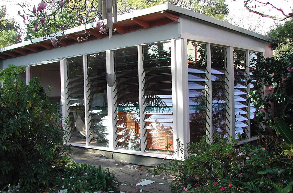 150mm operable glass louvre window